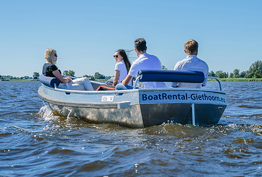 Boats with Combi propulsion - Services - Combi Outboards