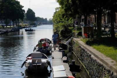 Boot verhuurbedrijf met 15 boten in Amsterdam - Boats4Rent